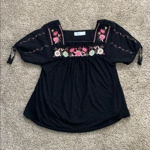 Time and Tru embroidered tee (Cassie Sugarplum?) M